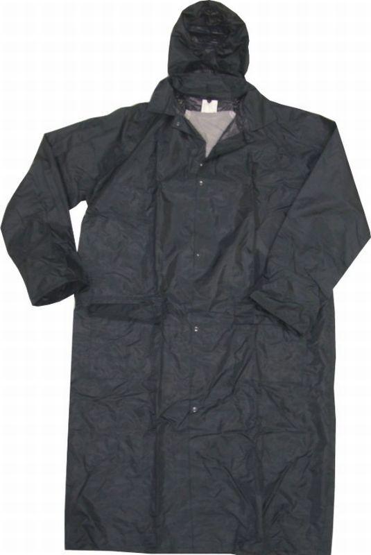 kapucnis eső kabát
