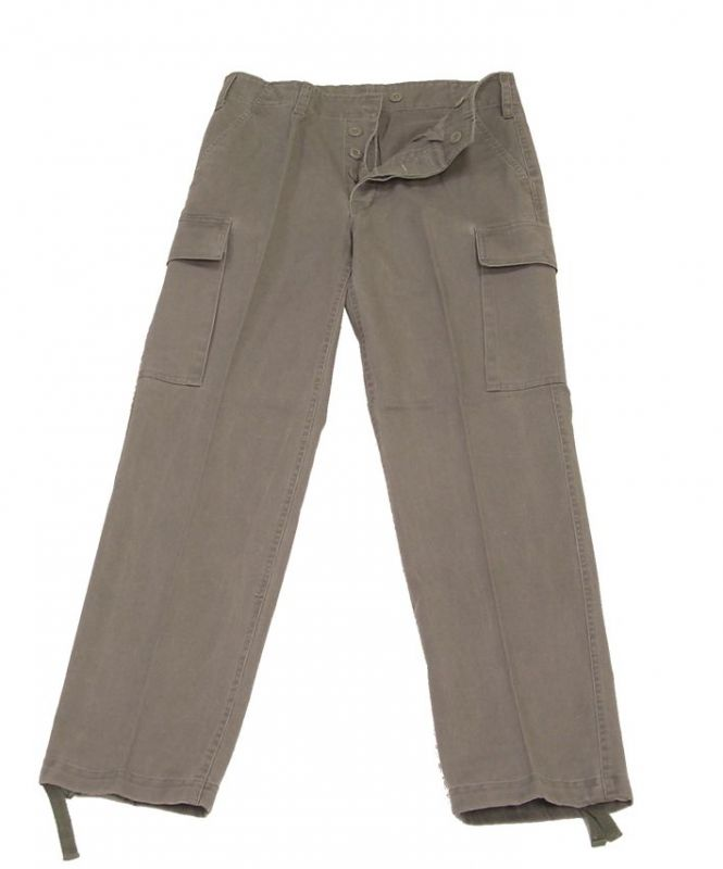 kőmosott nadrág
