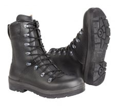 BW combat boots