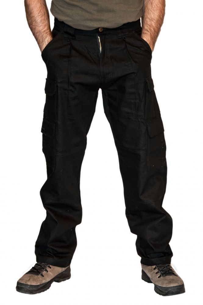 Bélelt fekete férfi nadrág