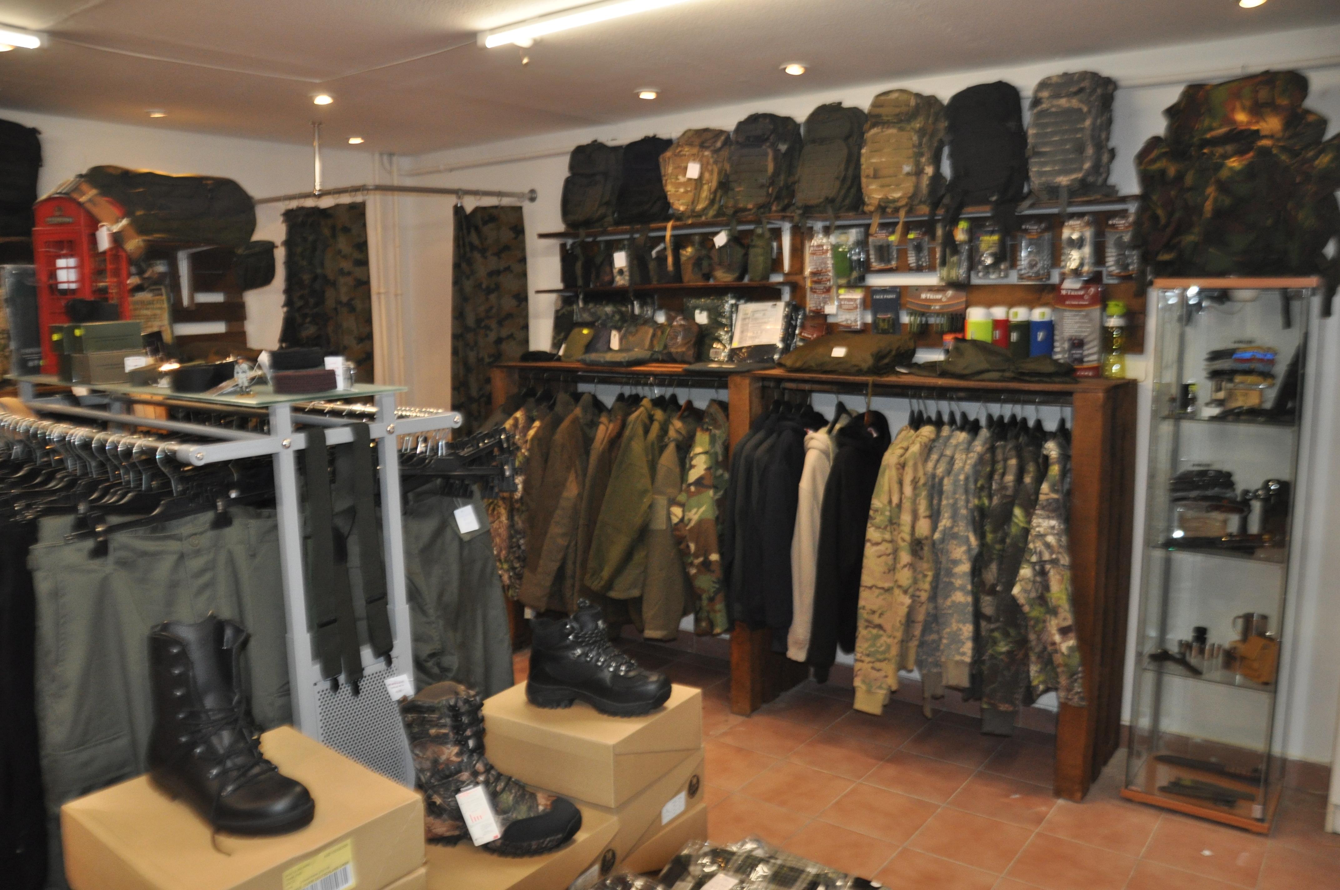 bba2264806 Katonai felszerelések - Tereptarka.hu - army shop, vadászbolt, túrabolt  Budapest